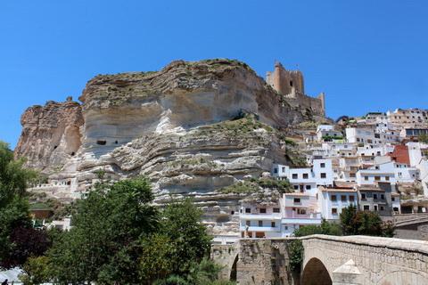 Alcalá del Júcar mit maurischer Burg Städte und Dörfer