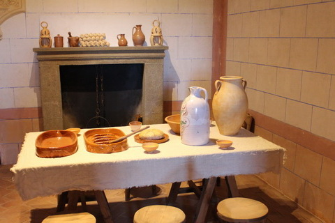 Castillo de Belmonte mittelalterliche Küche 480x320