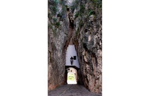 Guadalest Eingang zur Altstadt Städte und Dörfer