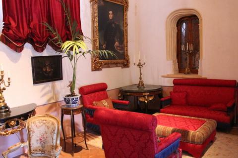Wohnraum aus dem 19. Jahrhundert Belmonte 480x320