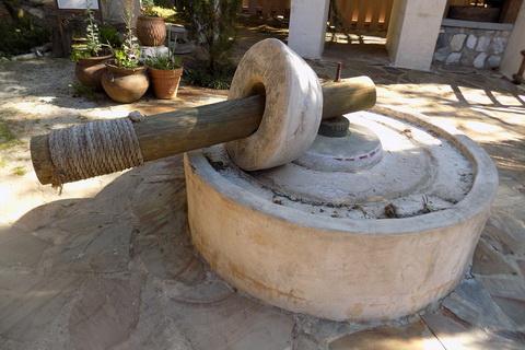 altertümliche Ölmühle spanisches Olivenöl 480x320