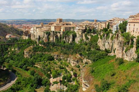 Altstadt am Felsabgrund, Cuenca 480x320