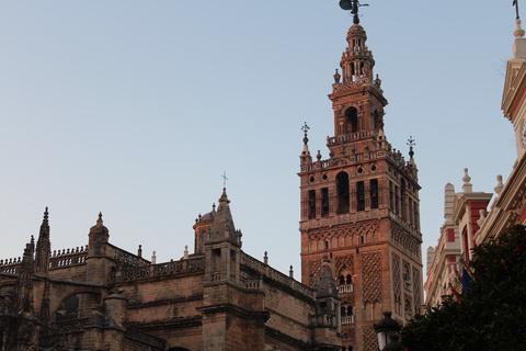 Giralda von Sevilla Spanien