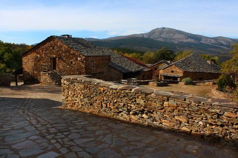 Umbralejo und Pico de Ocejón die schwarzen Dörfer 480x320