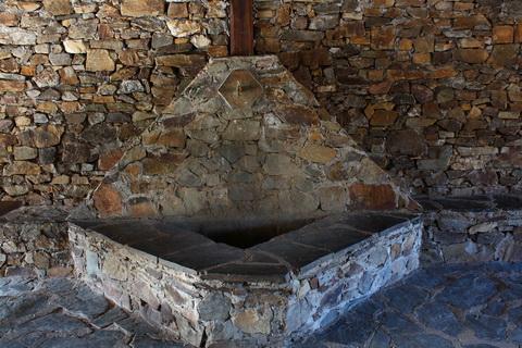Waschhaus in Umbralejos die schwarzen Dörfer 480x320